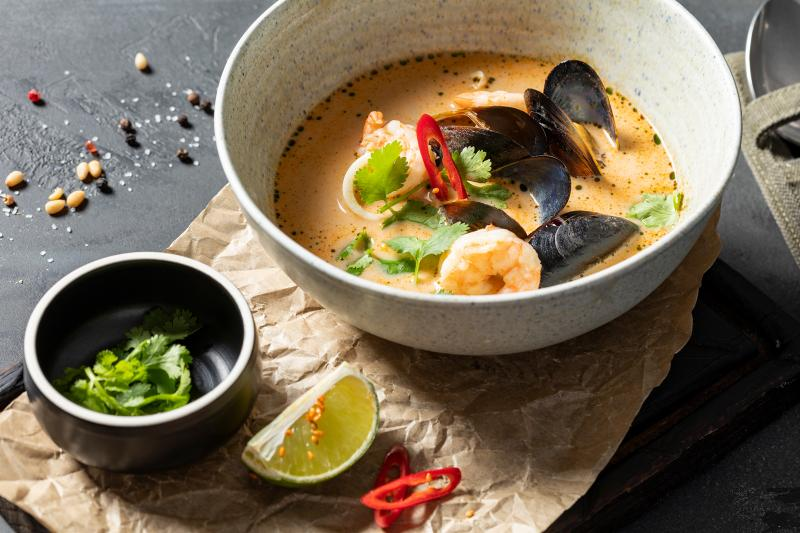 Азиатский суп  с морепродуктами