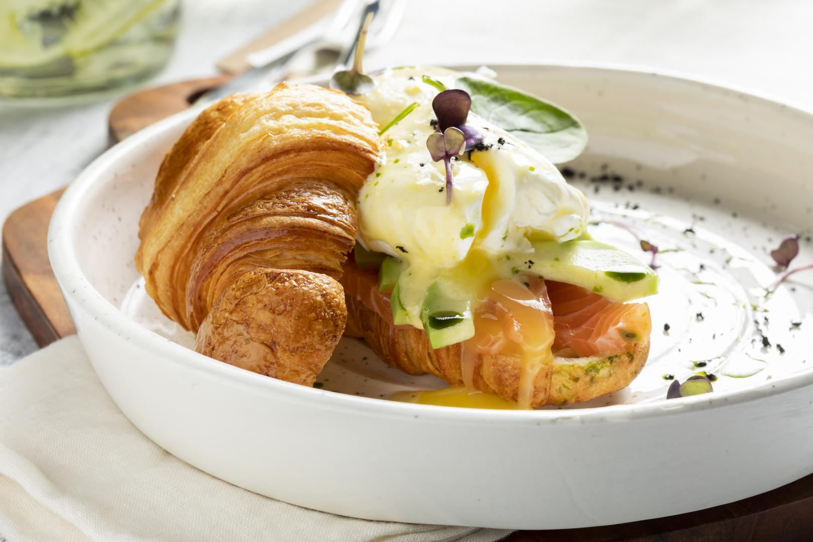 Бокал холодного Prosecco на завтрак!